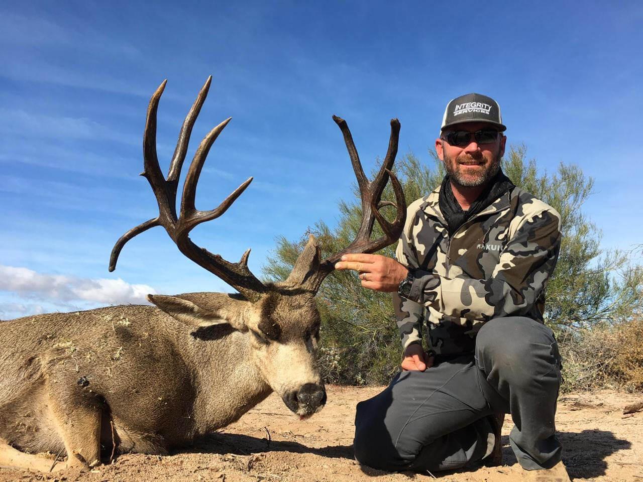hunting desert mule deer mexico